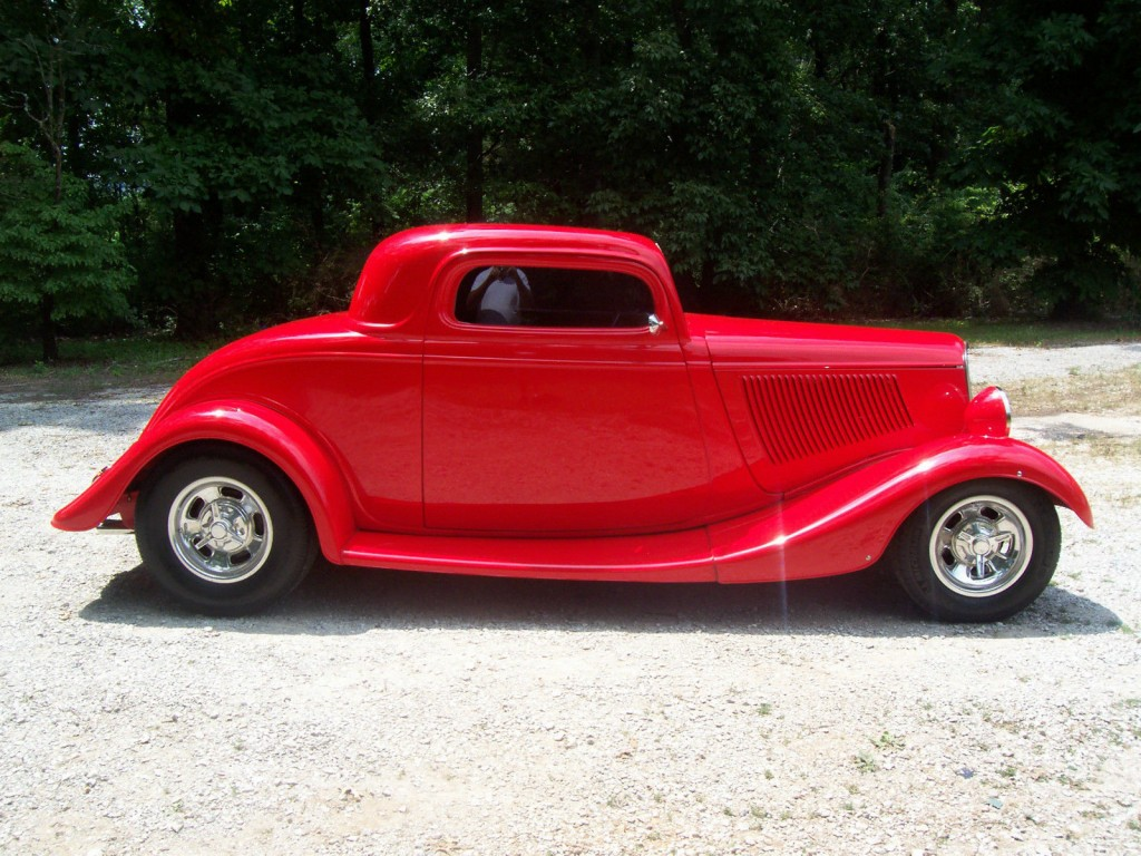 1933 Ford Three Window Coupe