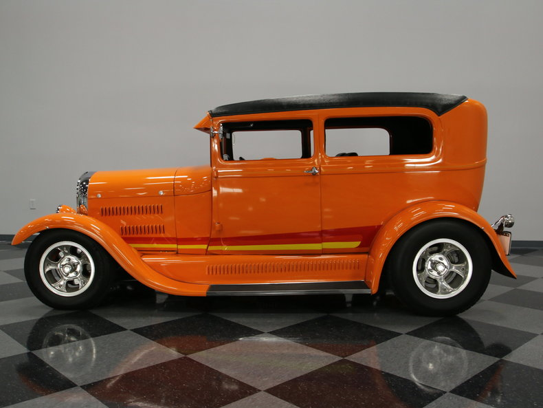 1928 Ford Model A hot rod