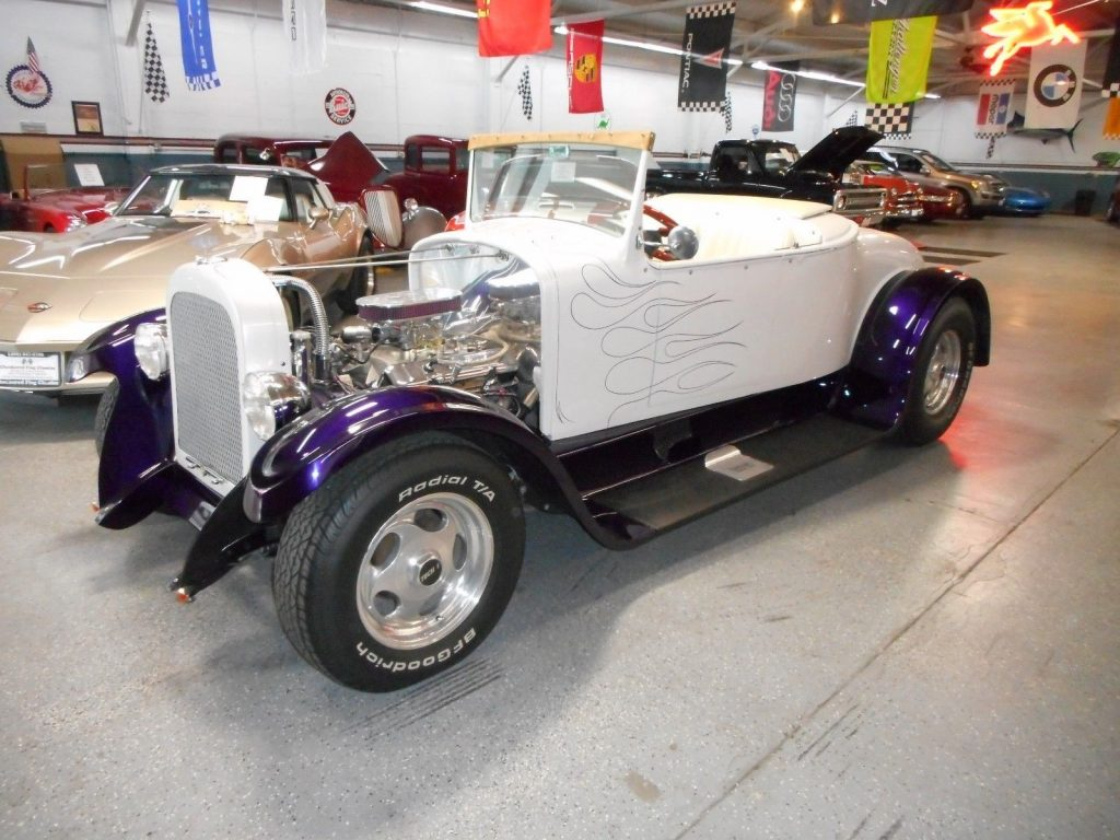 Rare turtle back 1923 Dodge Hot Rod