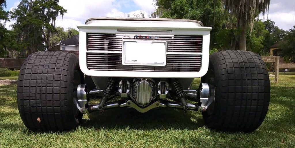 Bucket replica 1923 Ford Model T hot rod
