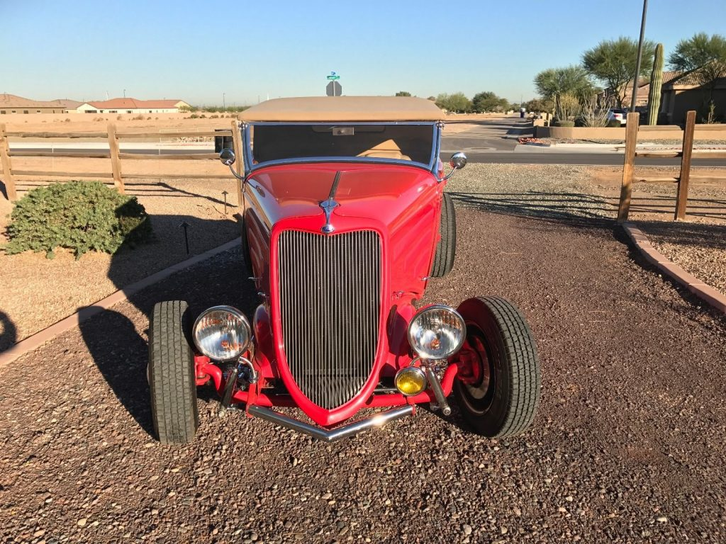 Red beast 1934 Ford roadster hot rod