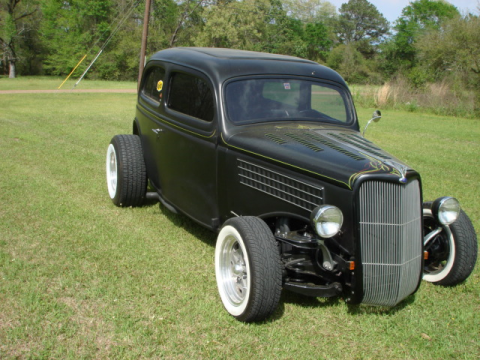 Custom pinstripe 1935 Ford Custom Sedan Hot Rod for sale