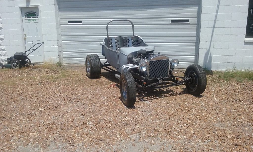 Bucket beast 1923 Ford Model T cool hot rod