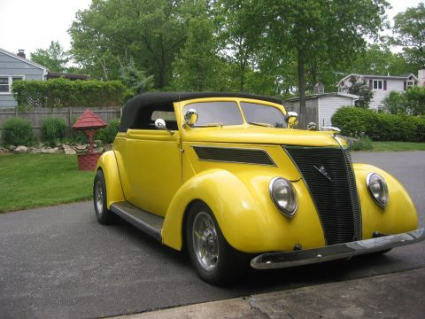 Fiberglass body 1937 Ford hot rod for sale