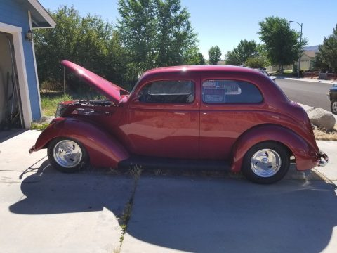 clean and sharp 1937 Ford hot rod for sale