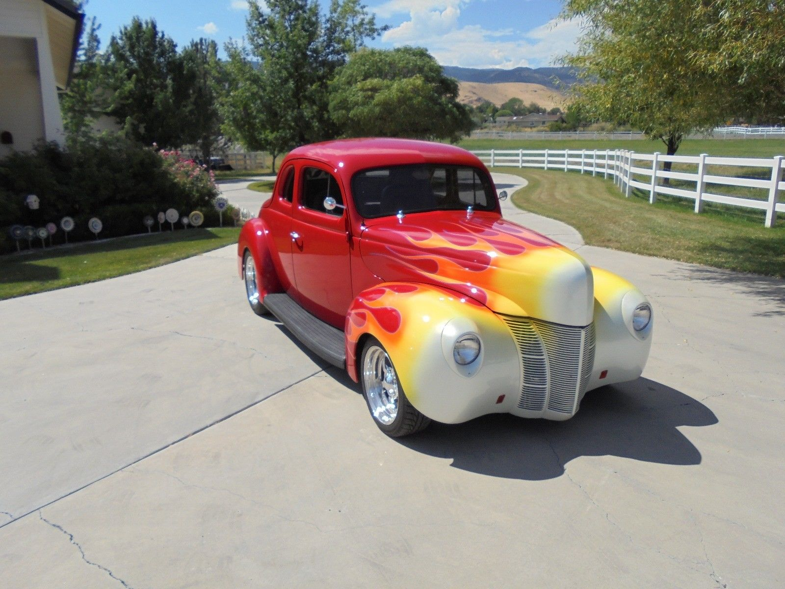 Great Condition 1940 Ford Deluxe Coupe Hot Rod For Sale