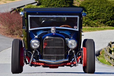well detailed 1927 Ford Model T hot rod for sale