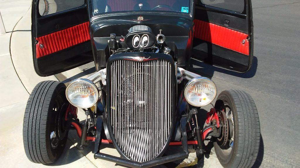 blast to drive 1933 Ford 5 Window coupe hot rod