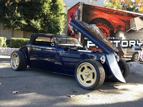 nicely customized 1933 Ford Roadster hot rod for sale
