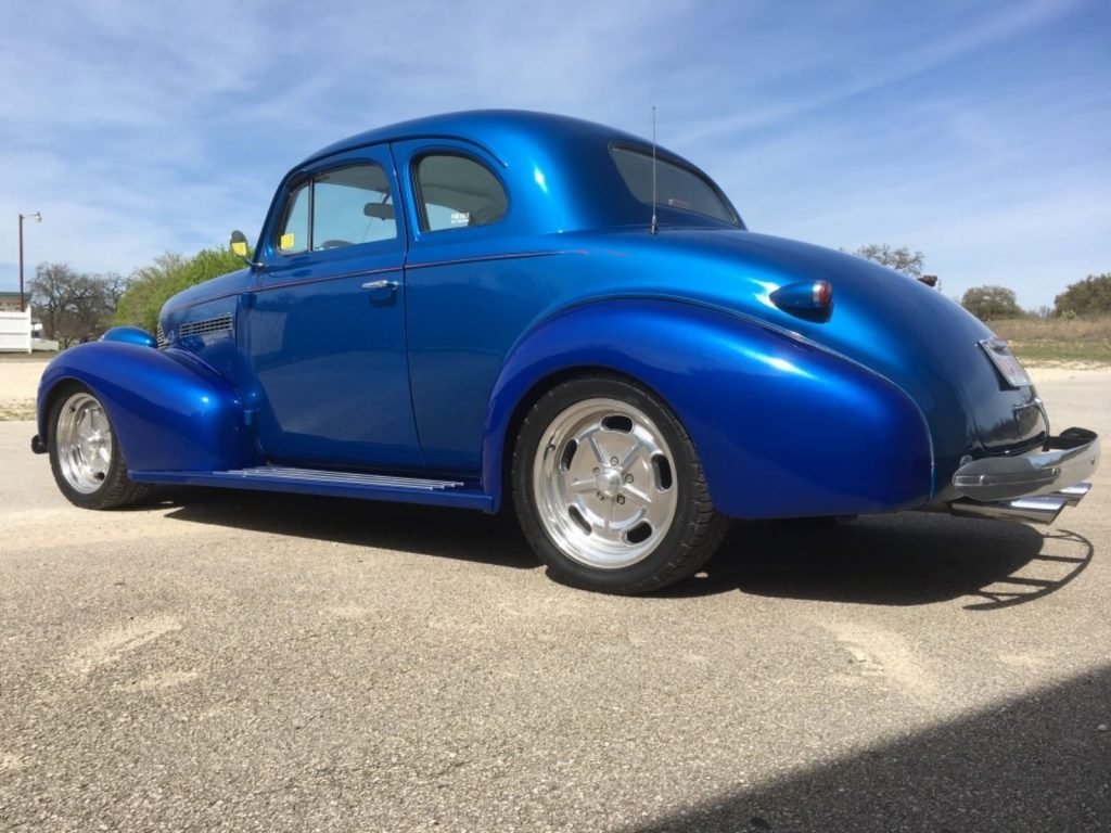5 speed 1939 Chevrolet hot rod
