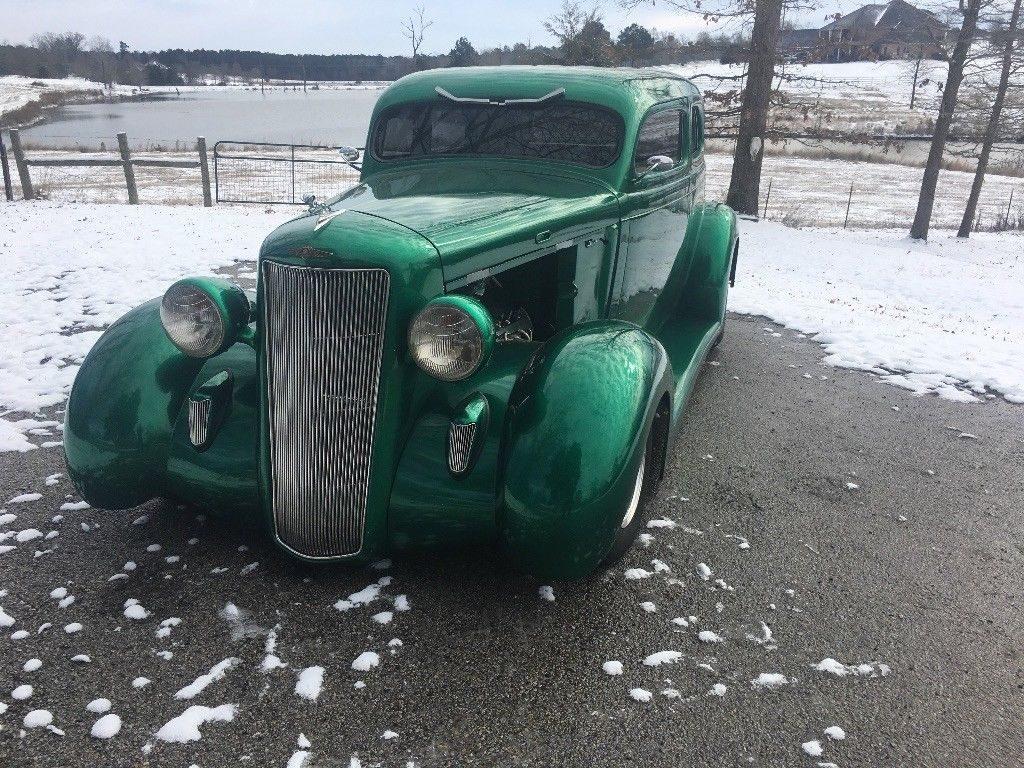 show ready 1935 Dodge Custom hot rod