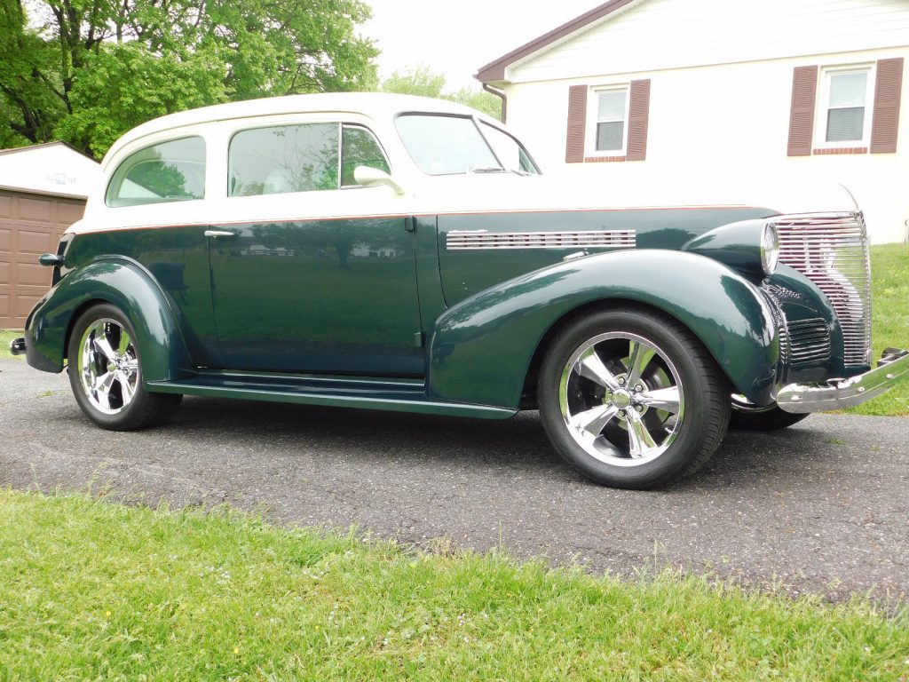 crate small block 1939 Chevrolet Master 85 Street Rod