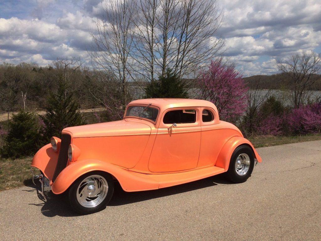 excellent shape 1934 Ford 5 Window Coupe Hot Rod