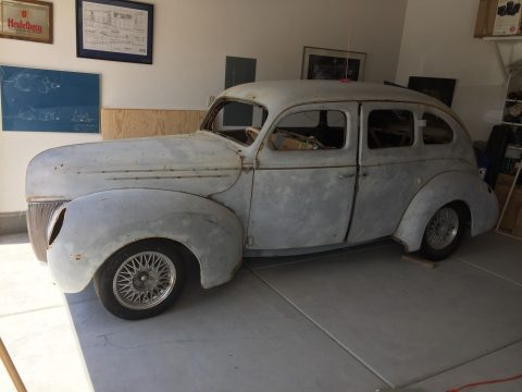 little rust 1939 Ford Fordor Deluxe project hot rod for sale