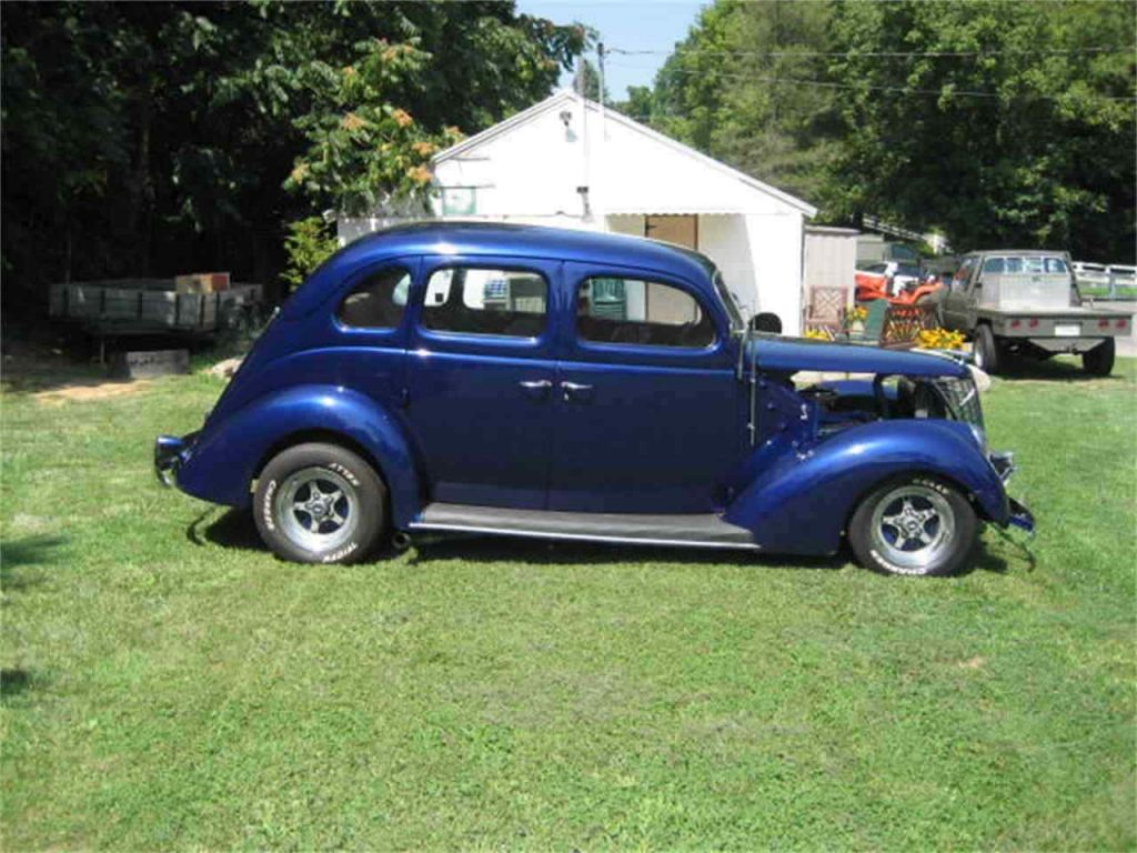 nice 1937 Ford 4 Door Sedan hot rod