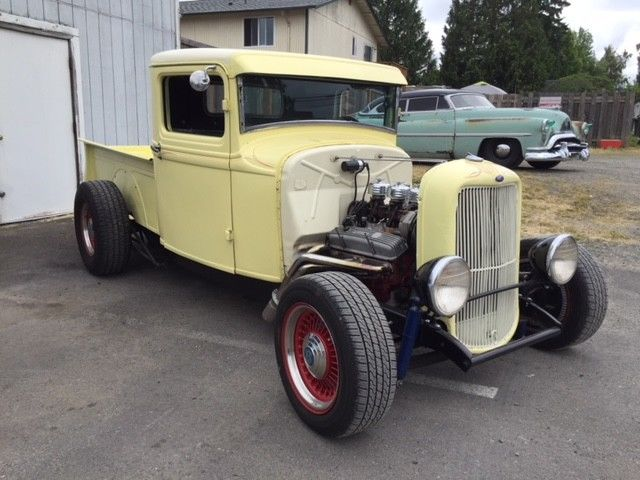 old school 1933 Ford 1/2 Ton Pickup hot rod