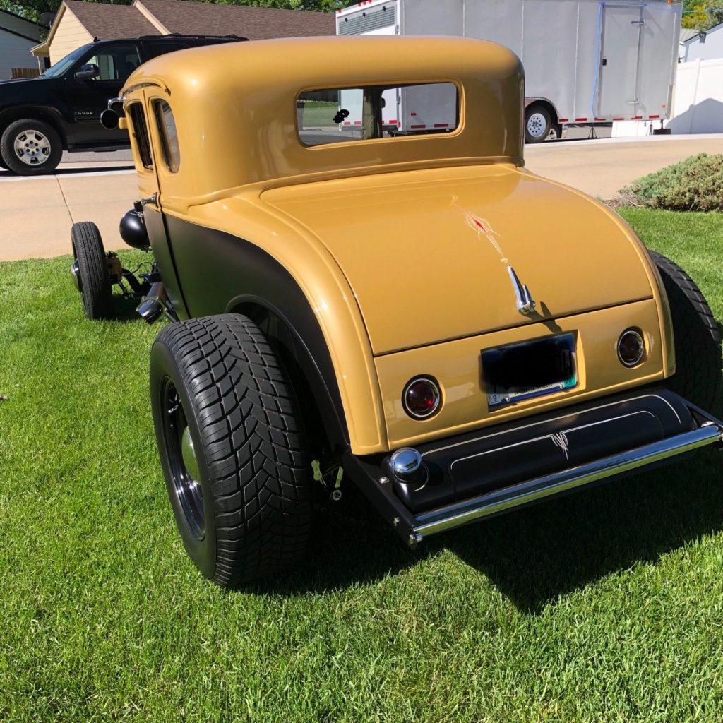 Hemi powered 1930 Ford Model A hot rod