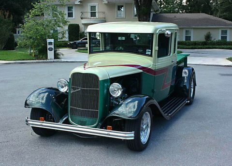 fast and smooth 1933 Ford Pickup 5 Window hot rod for sale