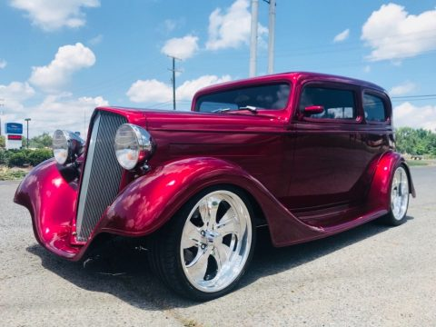 shiny 1935 Chevrolet Sedan street hot rod for sale
