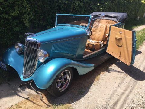 absolutely beautiful 1934 Ford Phaeton 2 Door Convertible Hot Rod for sale