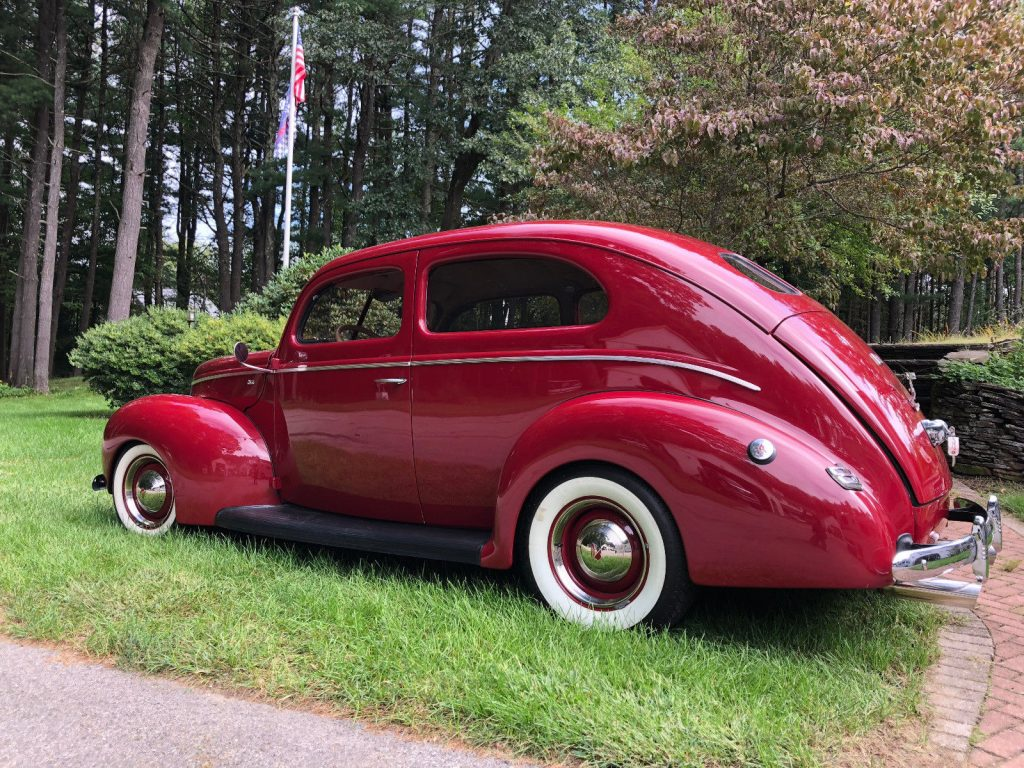 Absolutely Beautiful 1940 Ford Tudor hot rod
