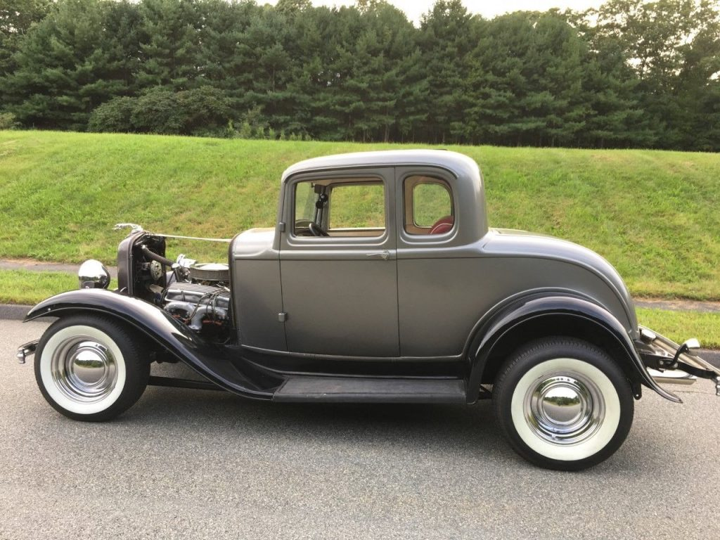 very nice 1932 Ford Model A hot rod