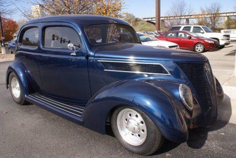 well modifieed 1937 Ford 2 Door Sedan Standard hot rod for sale