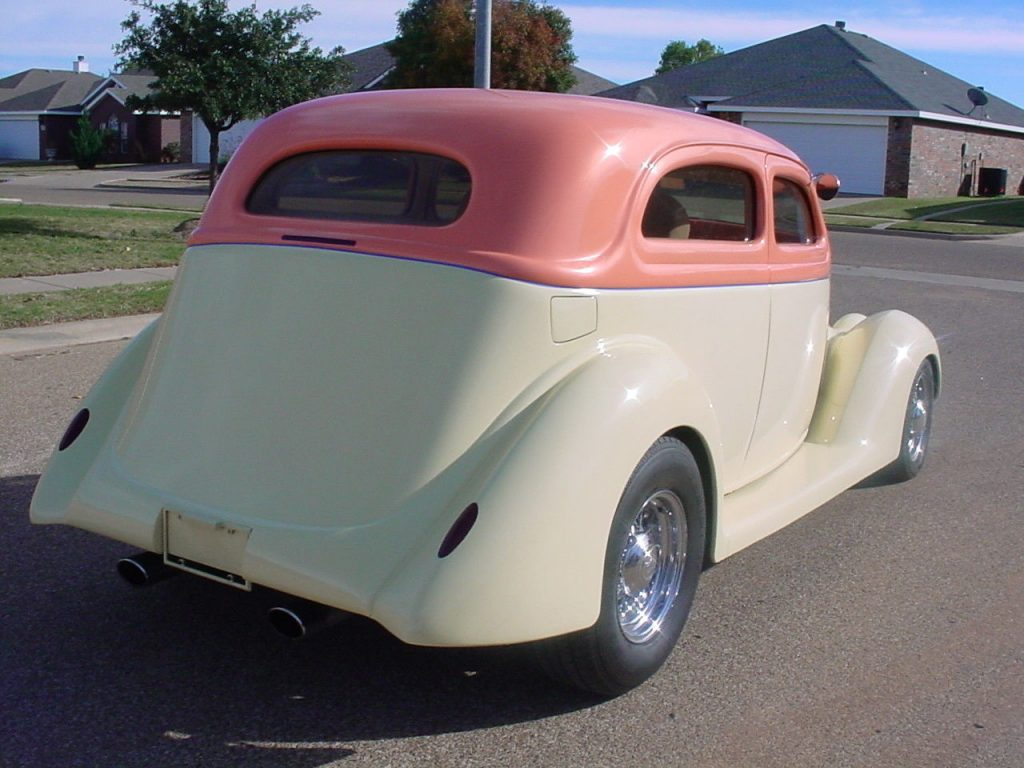 highly modified 1936 Ford 2 Door Sedan hot rod