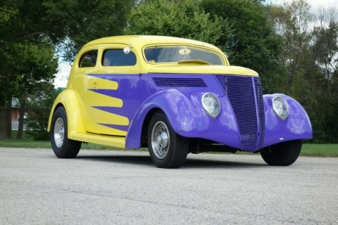 nicely detailed 1937 Ford Hot Rod for sale