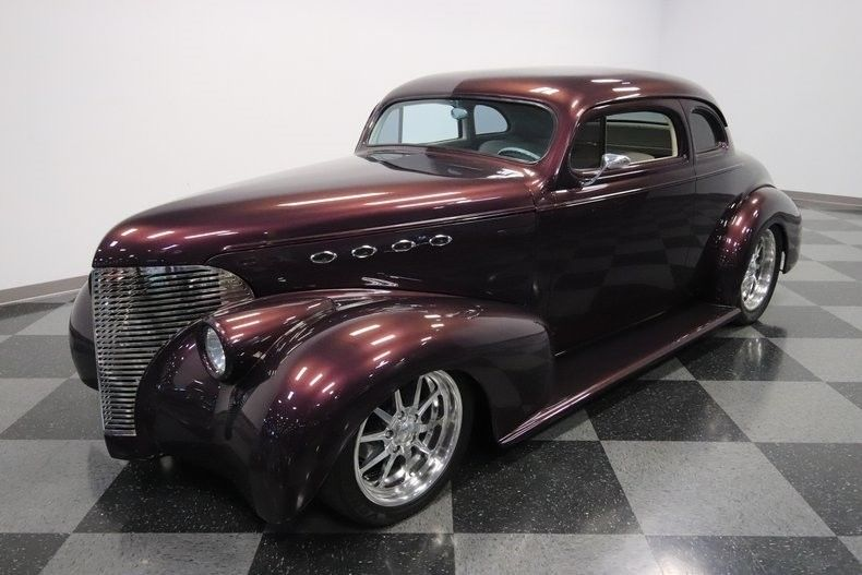 nicely modified 1939 Chevrolet Coupe hot rod