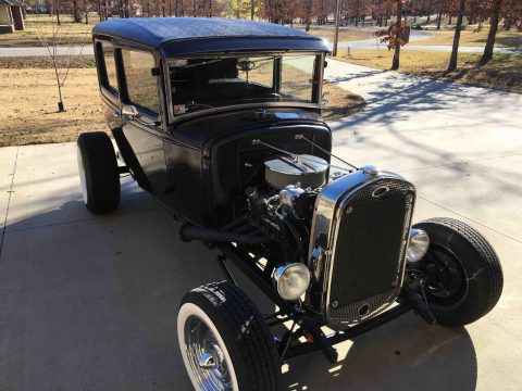shiny 1931 Ford Model A Hot Rod for sale