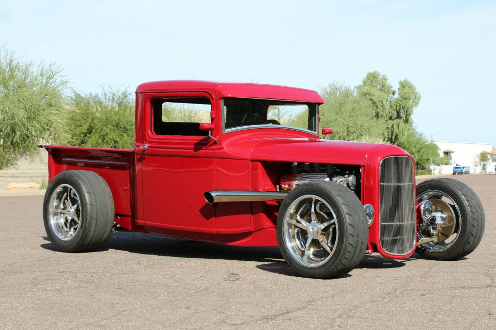 nice custom 1934 Ford Pickup hot rod