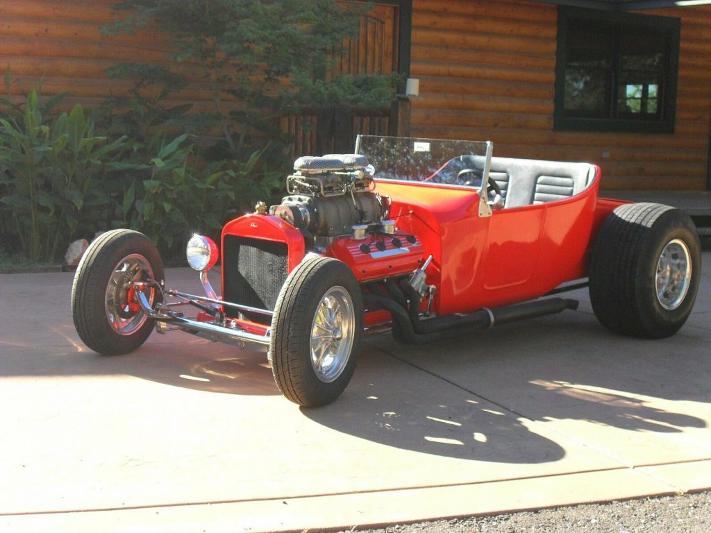 classic old school 1922 Ford Model T hot rod