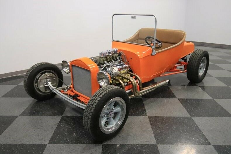 old style 1923 Ford T Bucket Roadster hot rod