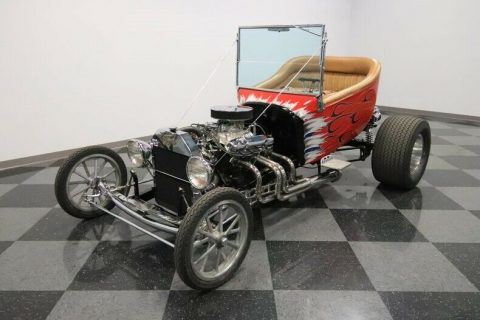 shiny 1923 Ford T Bucket hot rod for sale