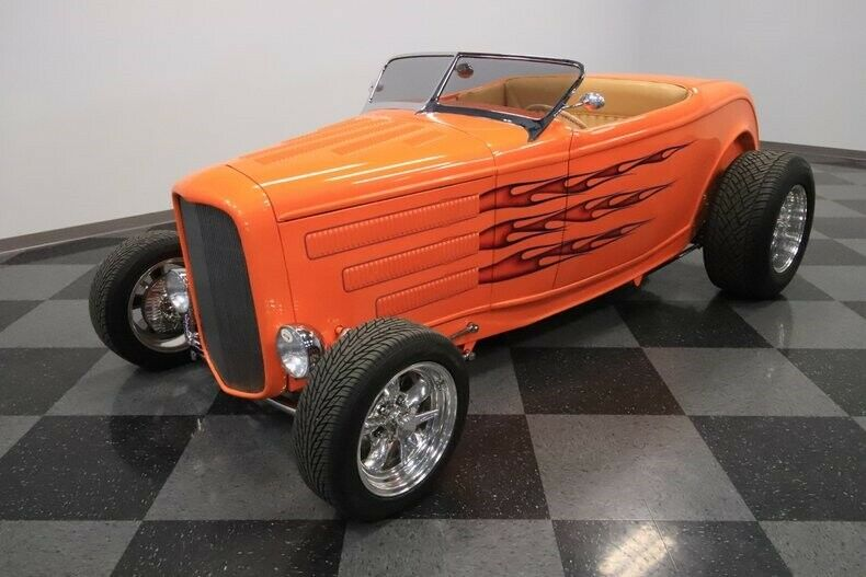 sharp 1932 Ford Roadster hot rod