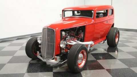 stylish cruiser 1932 Ford 5 Window Vicky hot rod for sale