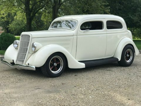 well modified 1935 Ford hot rod for sale