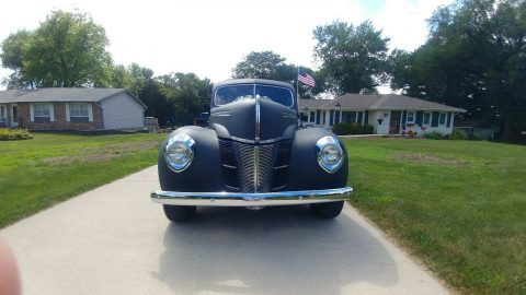 old school 1939 Ford Coupe Deluxe hot rod for sale