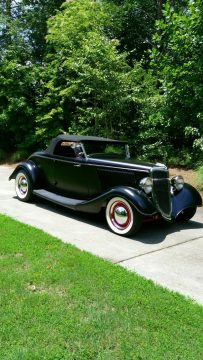 fully detailed 1934 Ford Model 40 hot rod for sale