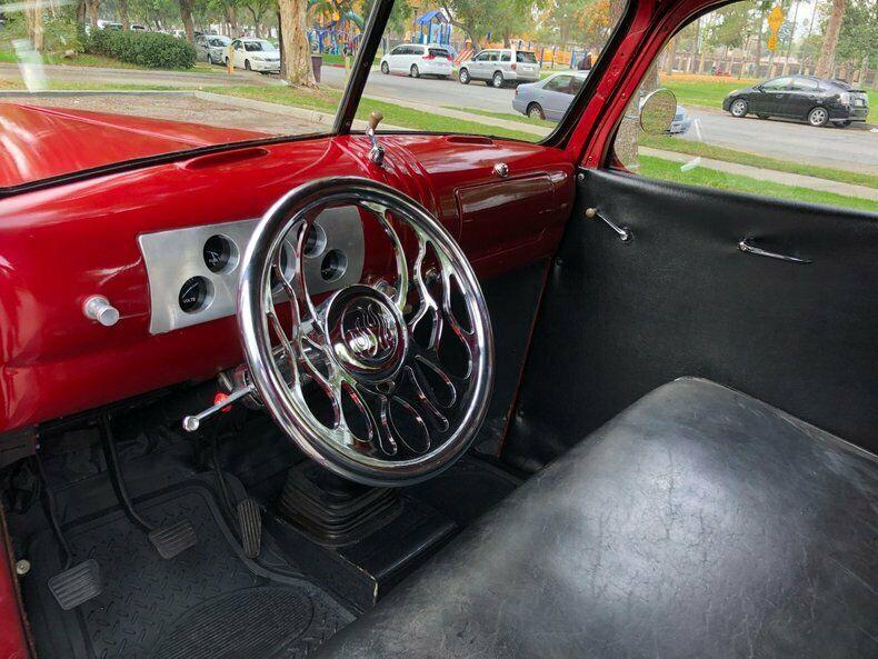 restored 1946 Chevrolet C/K Pickup 1500 hot rod